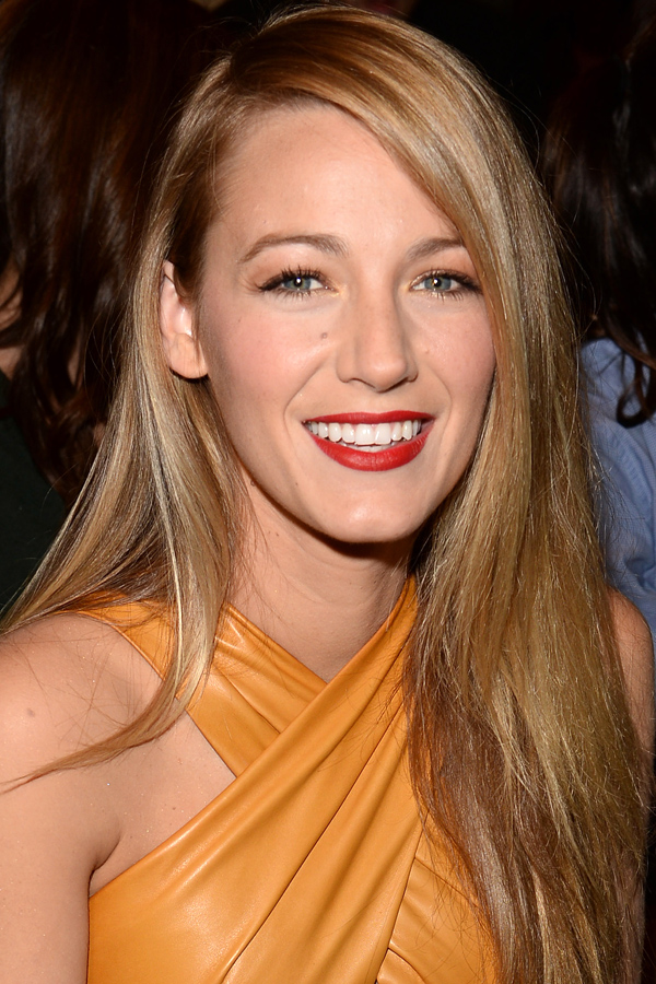 Blake Lively Hairstyles Makeup Legs Body Hair Color